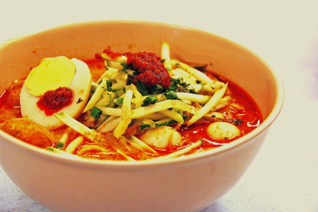 Laksa - Singapore Food Tips